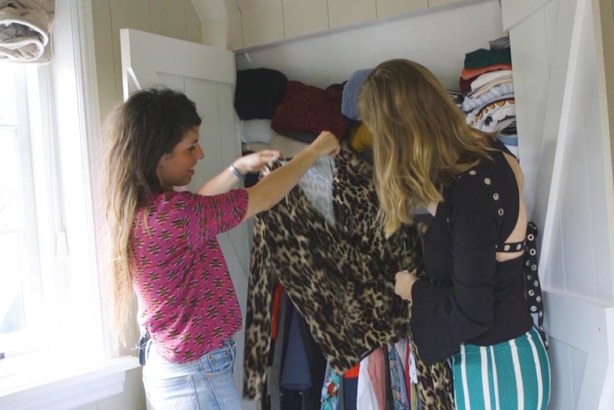 Ciska naam een kijkje in de kledingkast van Nadine Walter