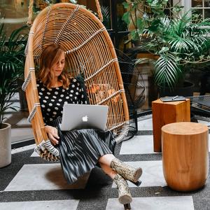 Met de online training leer je hoe je een onderscheidende en krachtige boodschap formuleert, zodat je opvalt bij jouw ideale klant